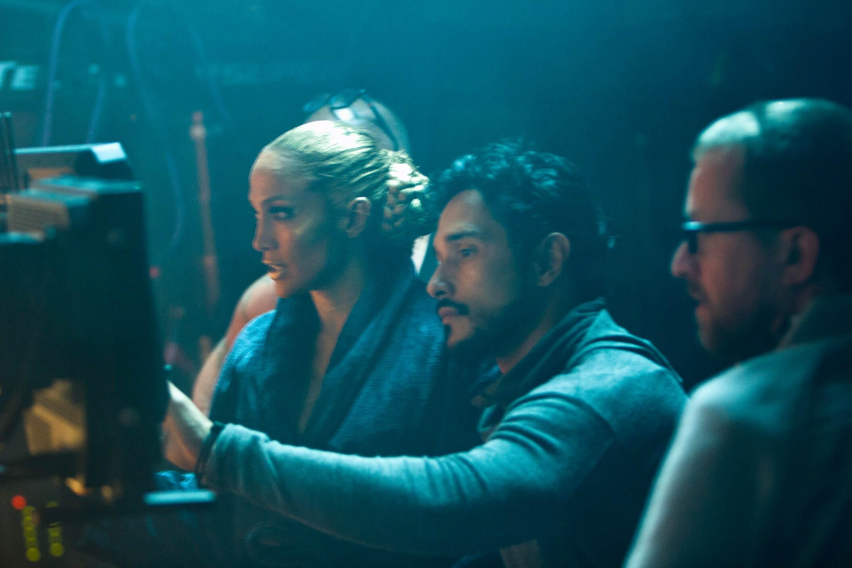 Jennifer-Lopez-El-Anillo-Salviche-12